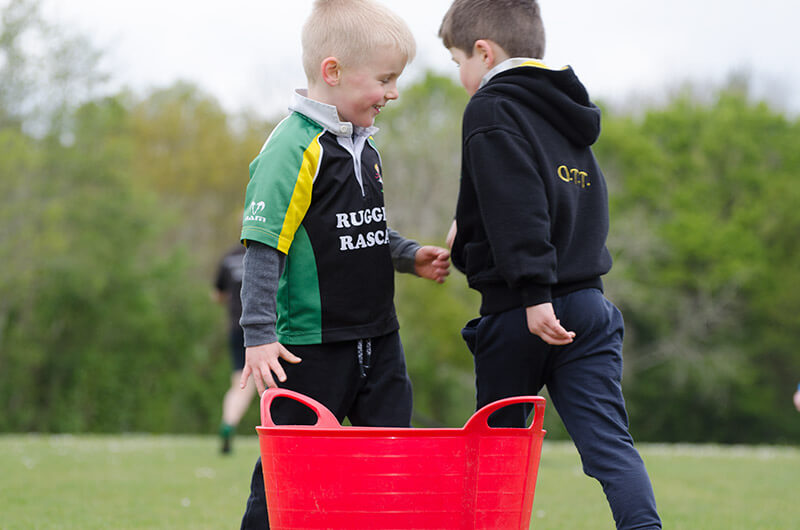 the boys who make friends while training rugby